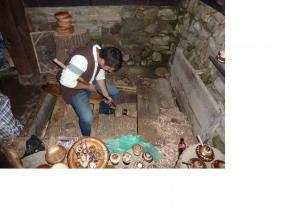 Bulgaria - Craftsman at Etara museum