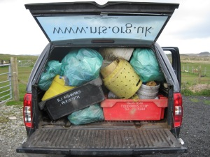Scoor cave beachclean rubbish 2015