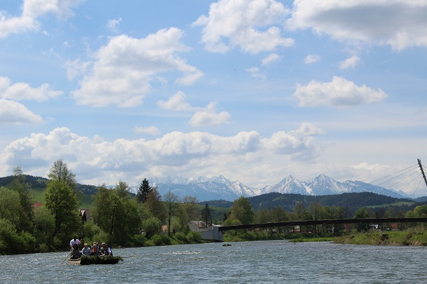 slovakia-rafting-the-dunajec-river